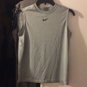 Men's Medium Nike Dri-fit T-shirt